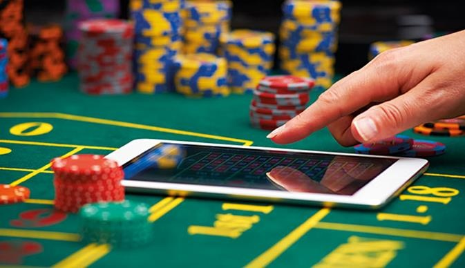 Minimum And Maximum Increases In Texas Holdem - Online Gambling
