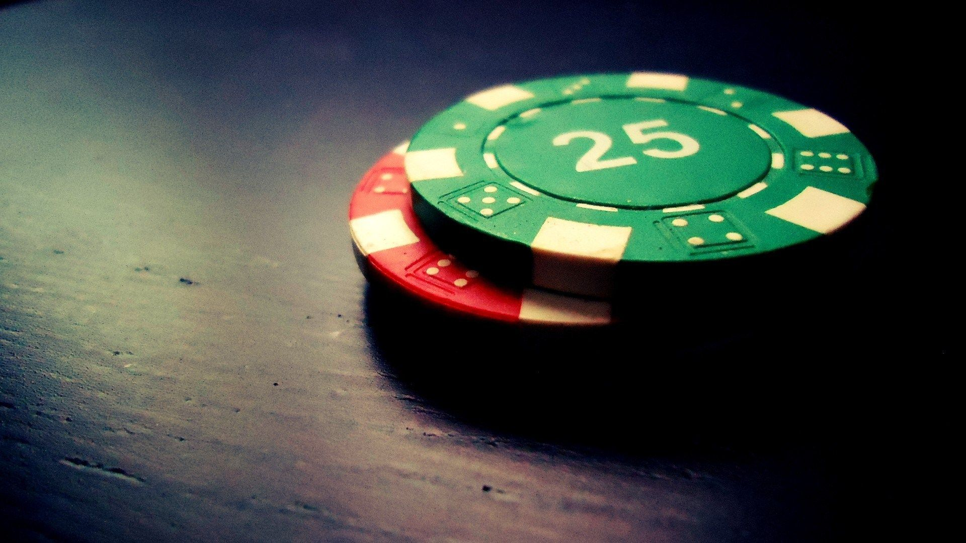 Four Guidelines Concerning Poker Meant To Be Damaged